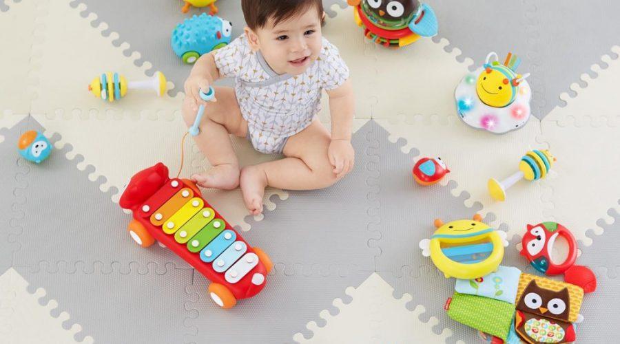 Skip Hop za dojenčke: zabava in multifunkcionalnost