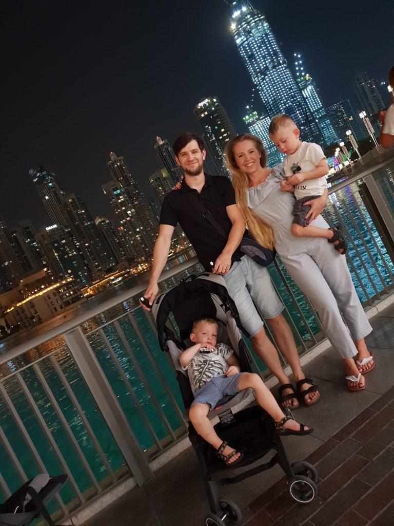 Družina v Dubaju